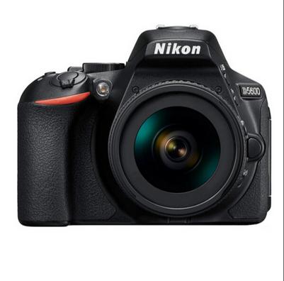 尼康/Nikon D5600 (AF-S DX 18-140mm f/3.5-5.6G ED VR) 数字照相机